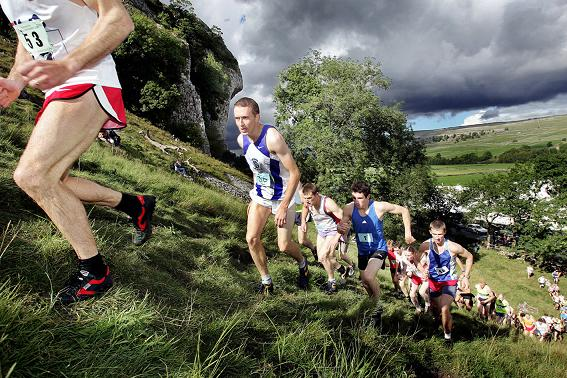Kilnsey Show Fell Race 2006 - Photo © Stephen Garnett. Courtesy of the Craven Herald and Pioneer
